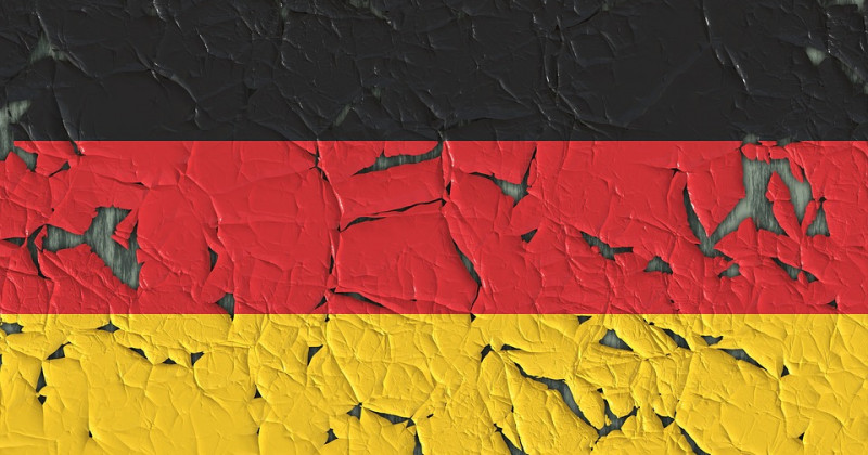 Abgezogene deutsche Flagge