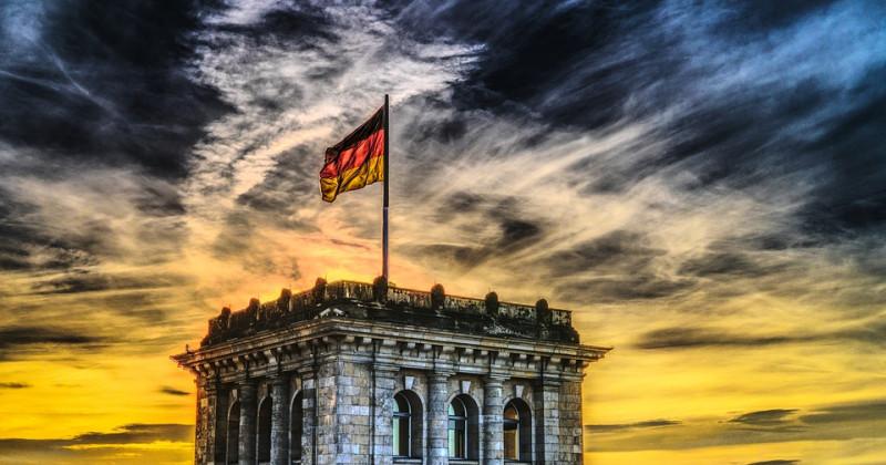 Bundestag Deutsche Flagge
