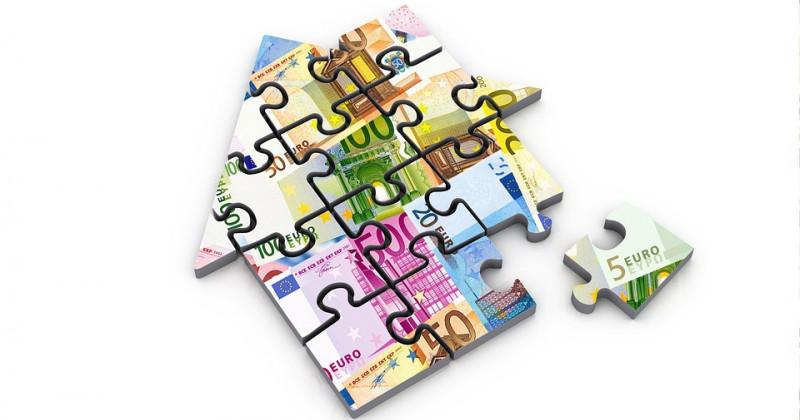 Hauspuzzle mit Euro-Bildern