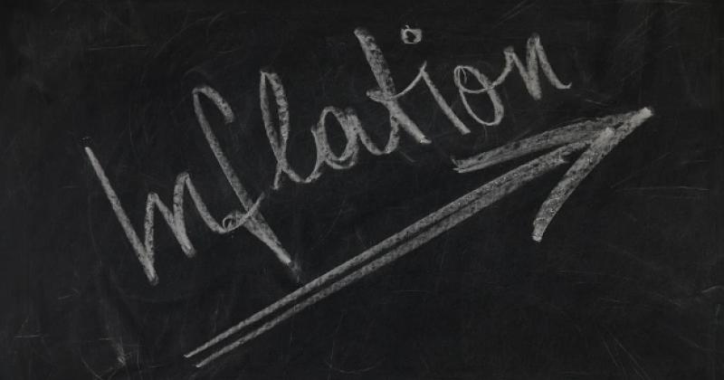 Inflation auf eine Tafel geschrieben