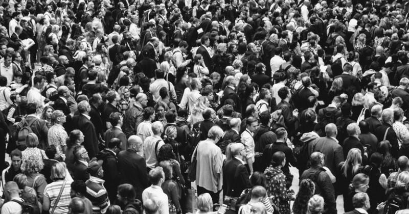 Menschenmenge von oben
